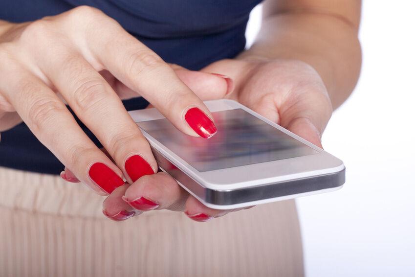 das sollten sie bei der entsorgung eines defekten iphone 4 beachten ebay. Black Bedroom Furniture Sets. Home Design Ideas