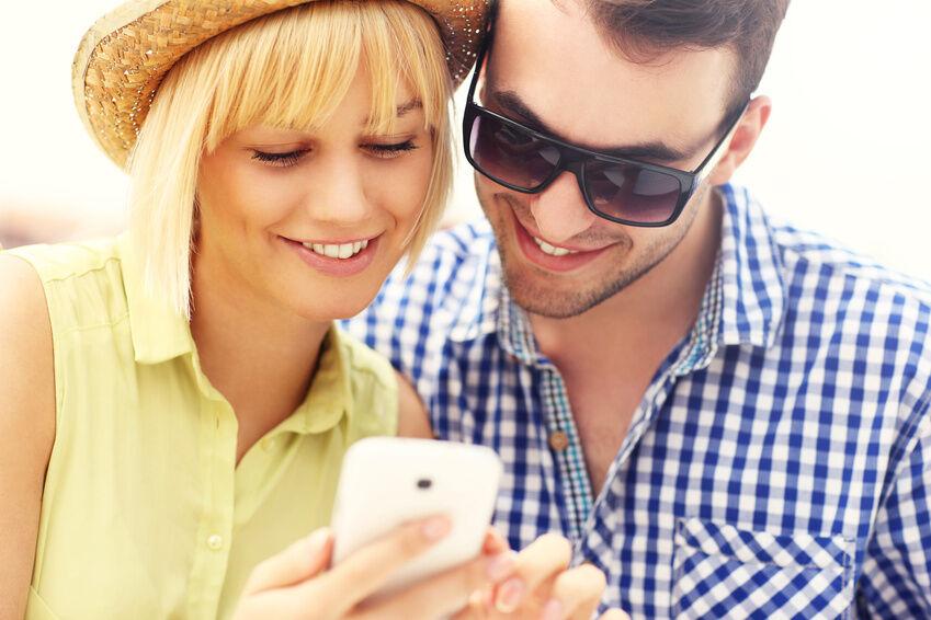 E-Plus-Angebote: Vertrag mit oder ohne Smartphone?