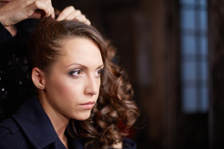 Bloß nicht so auffällig: Tipps für die Verwendung fast unsichtbarer Haar-Clips