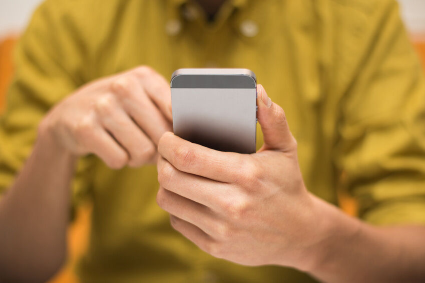 How to Delete All Personal Data From Your iPhone Before You Sell