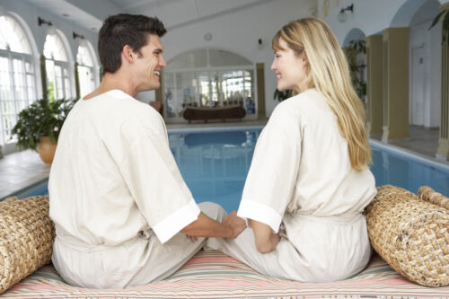 How to Choose a Robe Set for Newly Weds