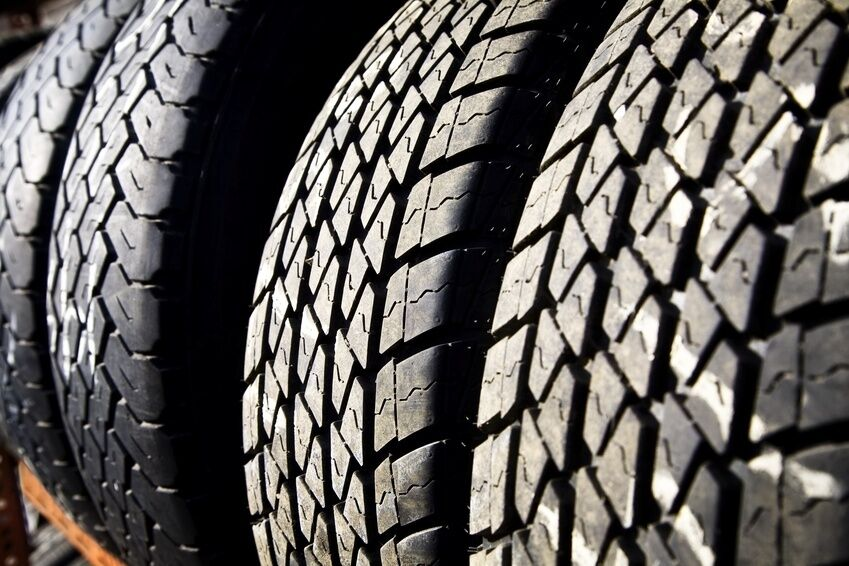 How to Choose the Right Tyres for Your Truck