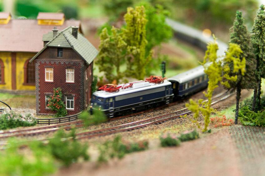 Model Railway Scenery Buying Guide