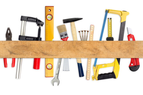 8 Basic Woodworking Tools to Buy