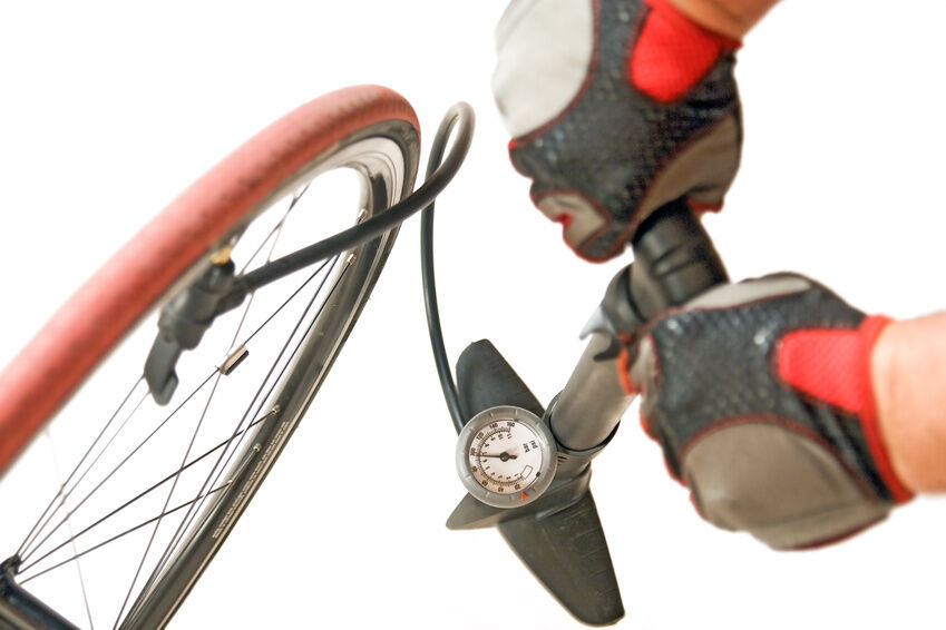 How to Measure Pressure in Your Bike Tyre