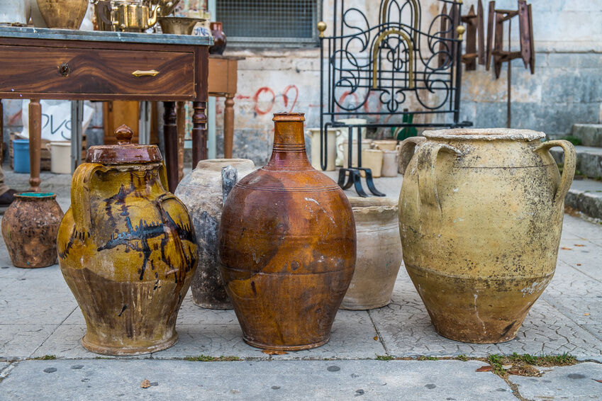 The Complete Guide to Antique Wade Ceramics