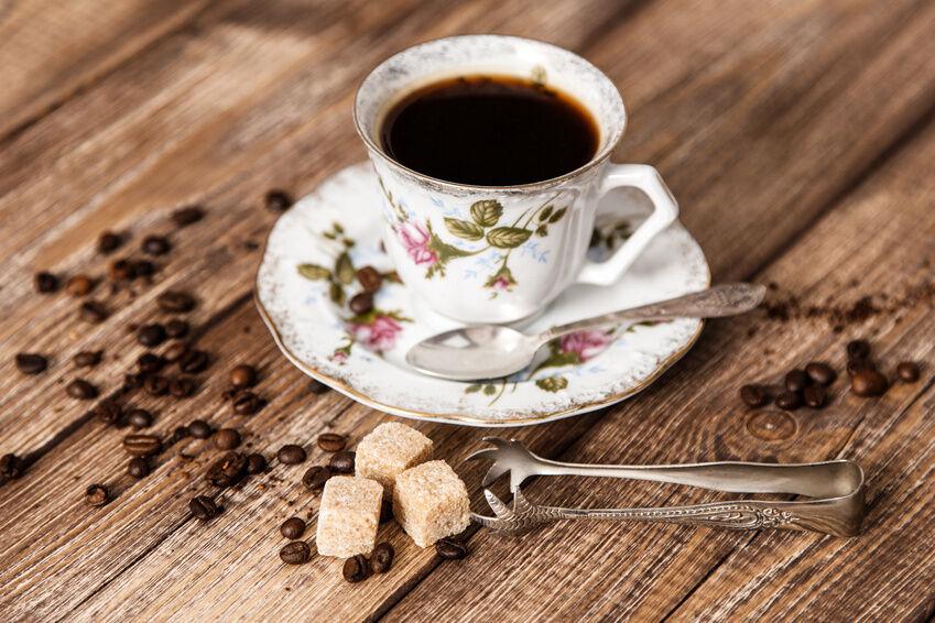 dekotipps f r nostalgische kaffeetafeln vintage kaffeetassen ebay. Black Bedroom Furniture Sets. Home Design Ideas