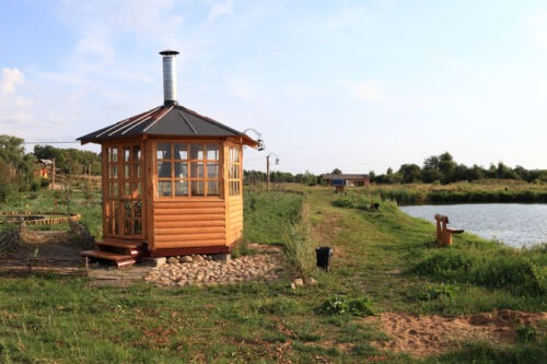 Verschiedene Pavillons mit Holzgestell auf eBay entdecken