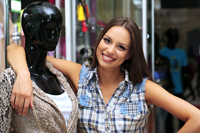 Dekoideen für einen begehbaren Kleiderschrank mit Schaufensterpuppe