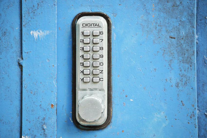 how to change the combination on a unican door lock