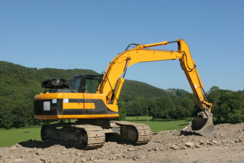 types of construction equipment and their uses pdf