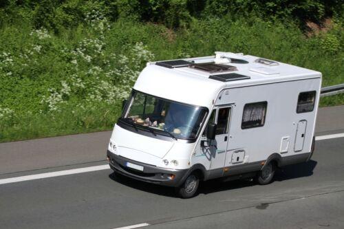 vorteile von kleintransportern und campingfahrzeugen mit. Black Bedroom Furniture Sets. Home Design Ideas