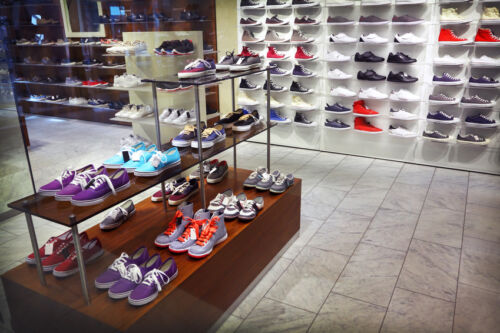 The Do's and Don'ts of Buying Retail Display Equipment