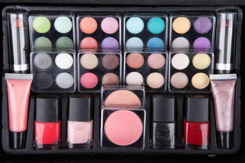 Your Guide To Buying Makeup Sets   EBay