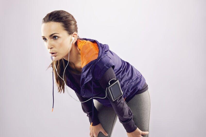 Schick im Fitness Studio und im Freien Sportoutfits mit Hoodies