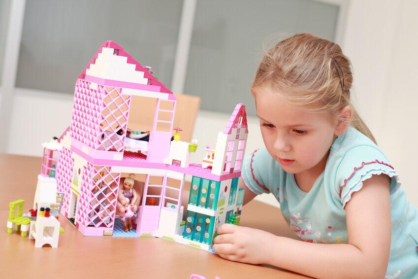 Willkommen in der Glam-Welt von Barbie: vom Haus über den Pool bis zum Cabrio