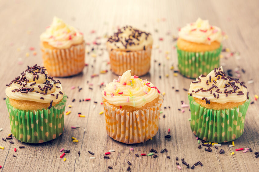 How to Use Your Cake Decorating Kit