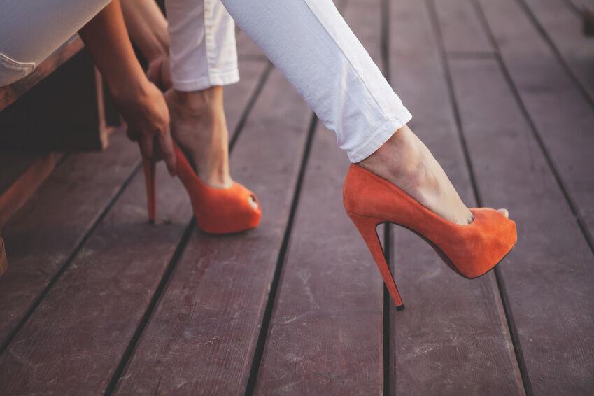 Bis zu welcher Schuhgröße sind Buffalo-Damenschuhe erhältlich?