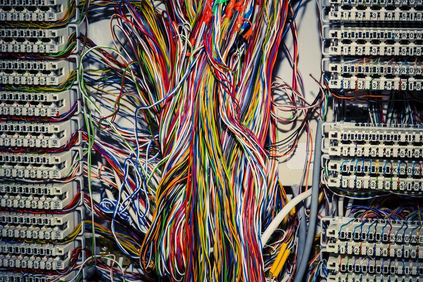 Typische Qualitätsunterschiede von Telefonkabeln