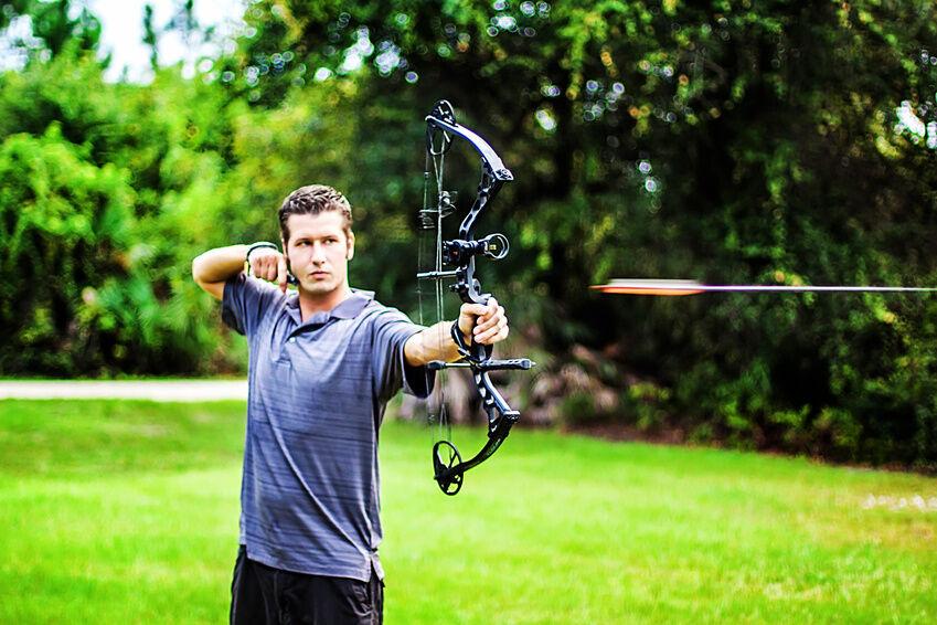 Mit Pfeil und Bogen: Wissenswertes rund um eine der ältesten Jagdwaffen der Menschheit
