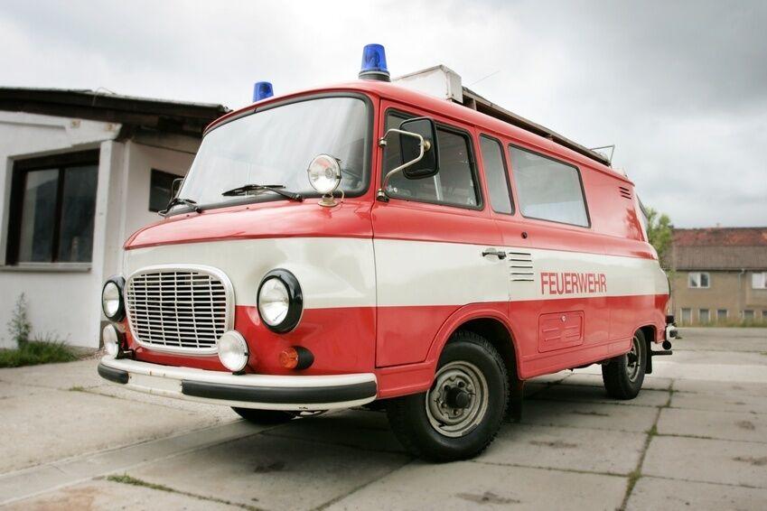 Barkas-Nutzfahrzeuge im Überblick: Pritsche und Bus