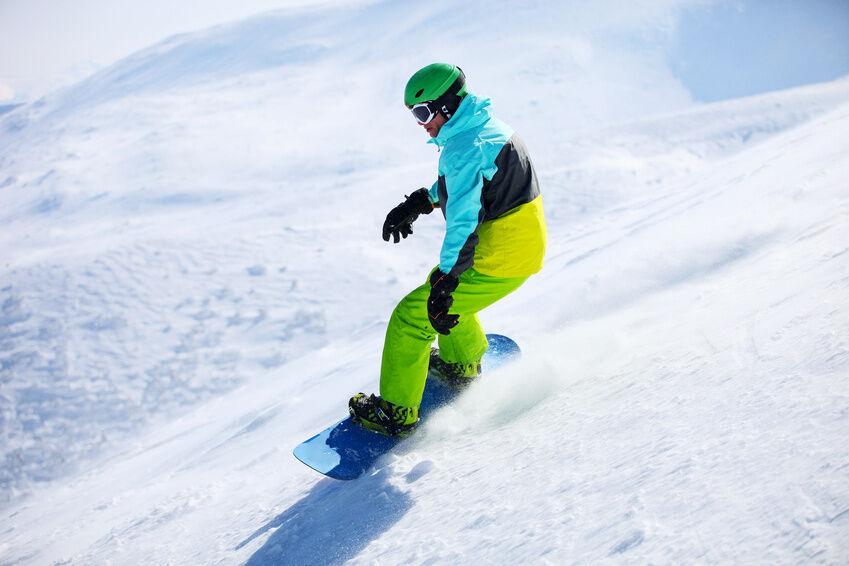 Cool aber trotzdem warm: Herren-Bekleidung von Burton für Snowboarder