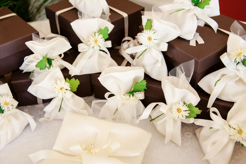 How to Choose Wedding Favours for Children