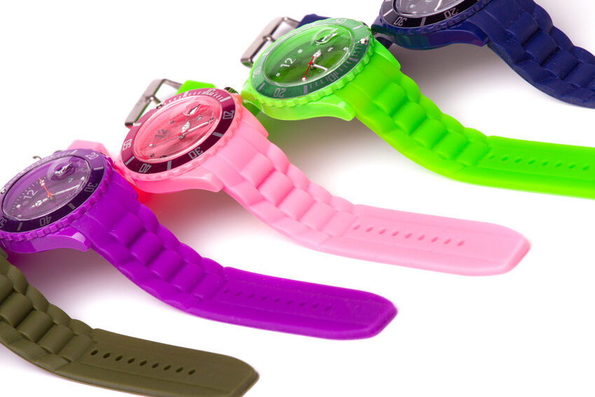 Top 3 Reasons to Buy a Plastic Watch for Children