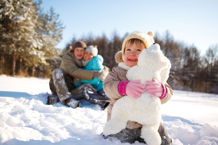 How to Choose the Right Size Stuffed Polar Bear for Children