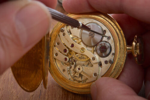 How to Repair an Antique Clock