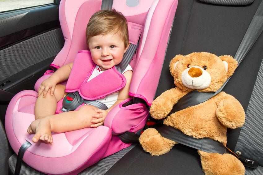 Die perfekte PKW-Innenausstattung für die Reise mit Kindern