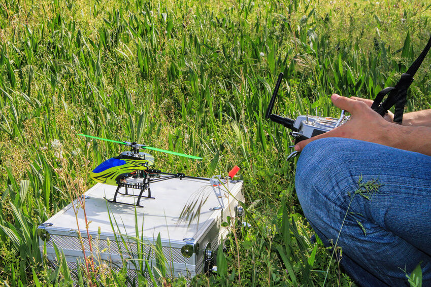 mini rc h911 helicopter with G on Best Rc Helicopter Top Ten in addition ALThcfTz9T4 together with G likewise Micro Rc Planes additionally G.