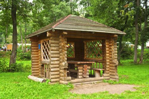 Wann rechteckige Pavillons mit Holzgestell besonders gut wirken