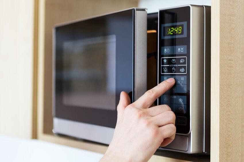 Built-In vs. Freestanding Microwaves