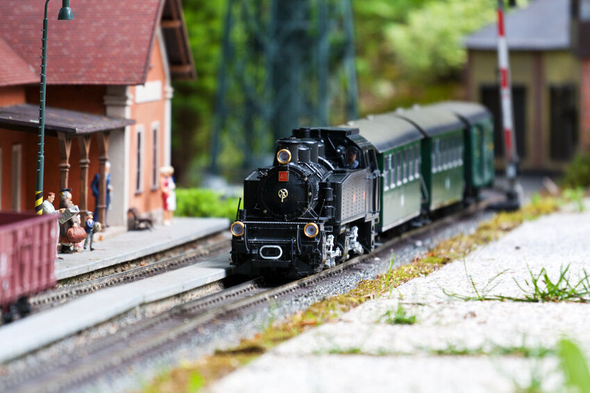 Your Guide to Buying a Complete N Gauge Locomotive Set on eBay