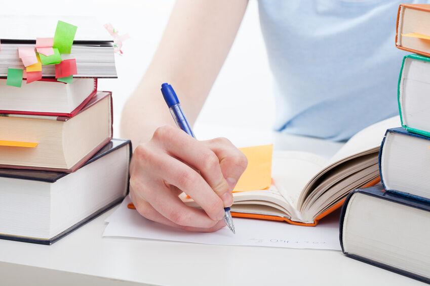 Ausbildung im Einzelhandel: Diese Fachliteratur bereitet Sie auf die Abschlussprüfung vor