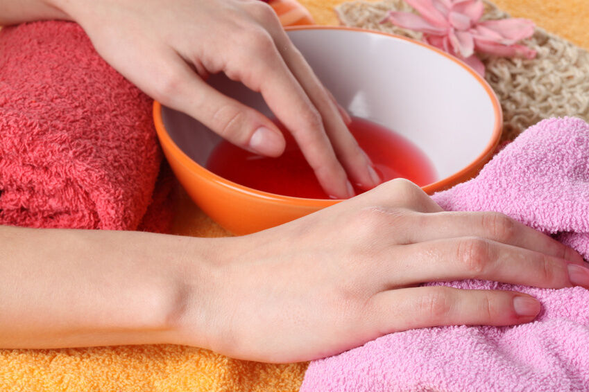 Choosing Products to Cleanse Your Nails