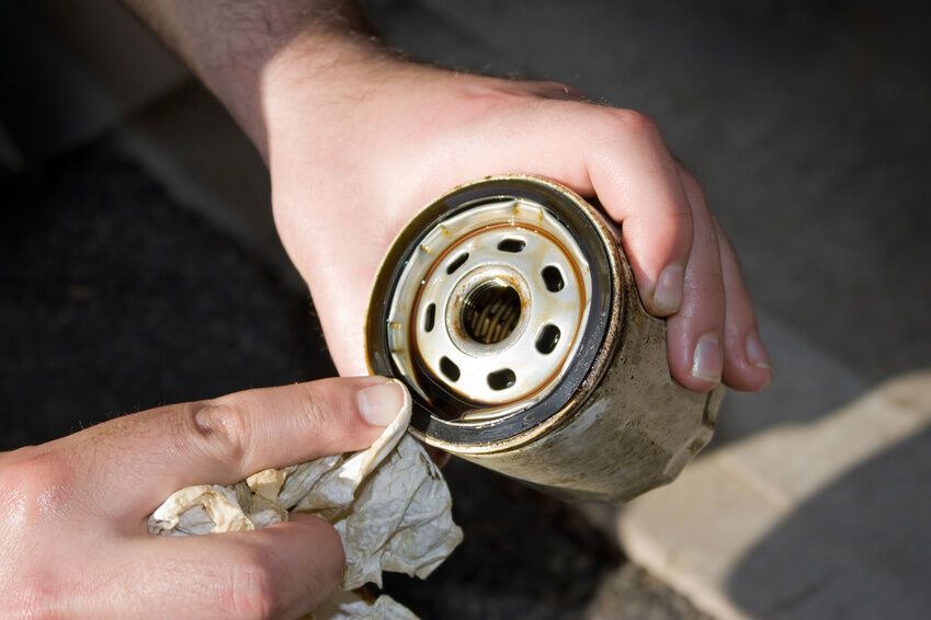 How to Choose a New Oil Filter for Your Vehicle