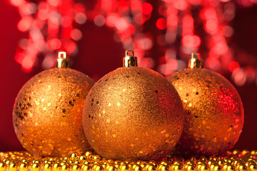Christmas Ornaments: Make vs. Buy | eBay
