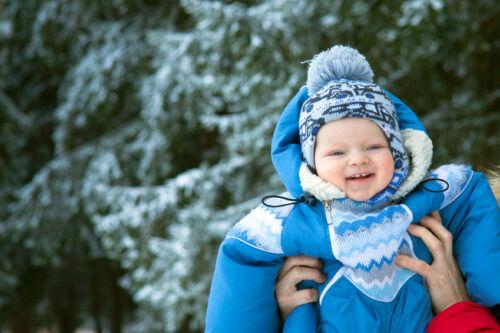 Welche Jacken, Mäntel und Schneeanzüge sind praktisch für Babys?