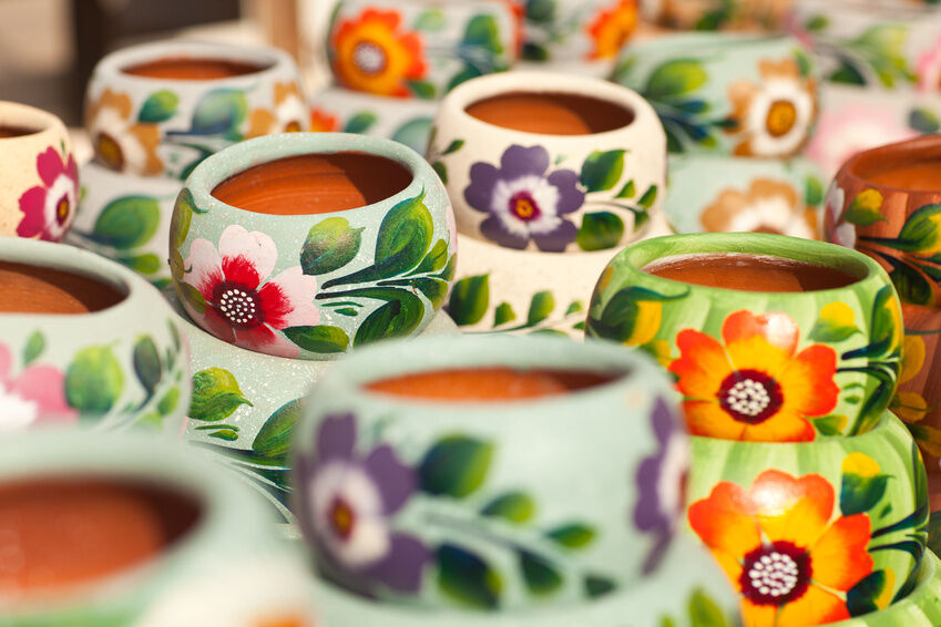 How to Create Poole Pottery-style Pieces