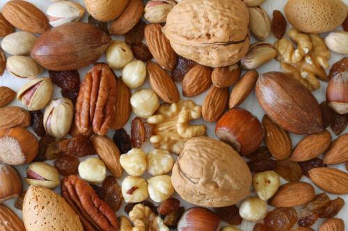 Köstliche Energielieferanten: Die Top 10 der beliebtesten Nüsse