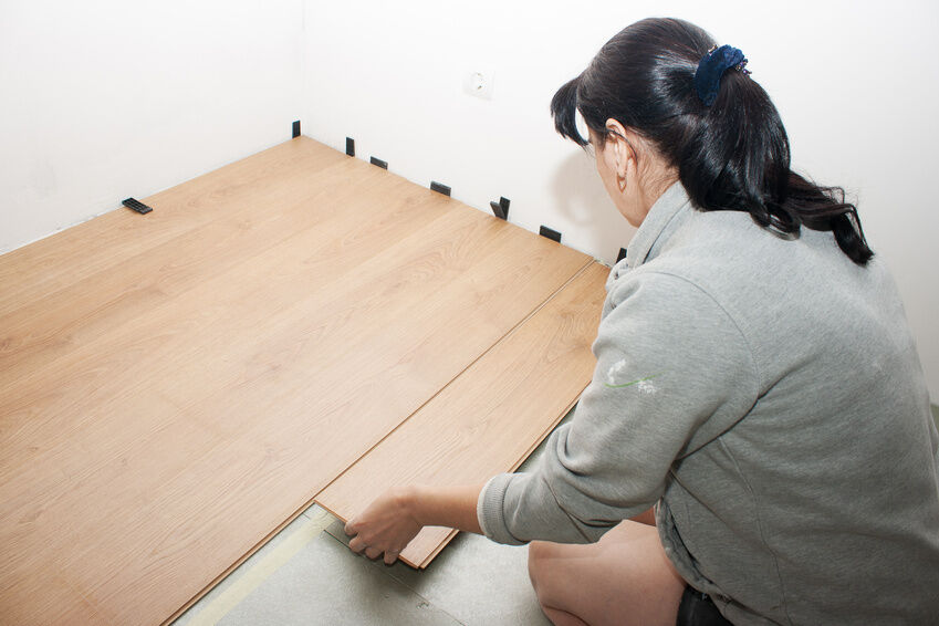 ob bambus kork oder eiche fertigparkett liegt im trend. Black Bedroom Furniture Sets. Home Design Ideas