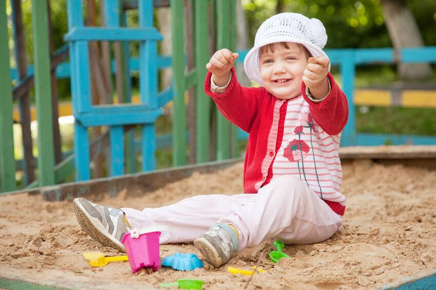 Welches Spielzeug eignet sich für den Sandkasten?