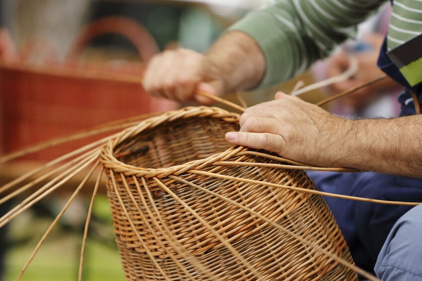 Basket Weaving At Home : How to make reed baskets