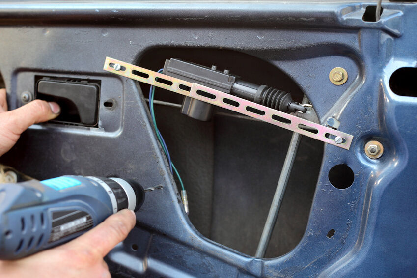 How To Remove A Dodge Caravan Door Panel Ebay