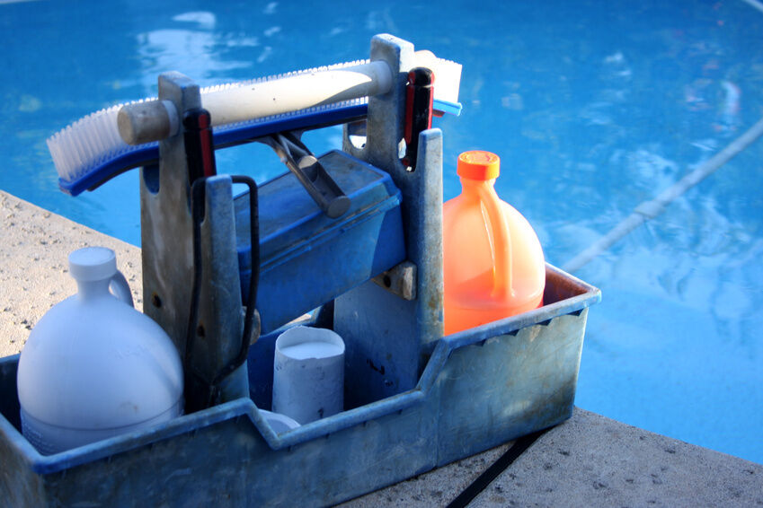 How to Choose the Right Pool Cleaning Products