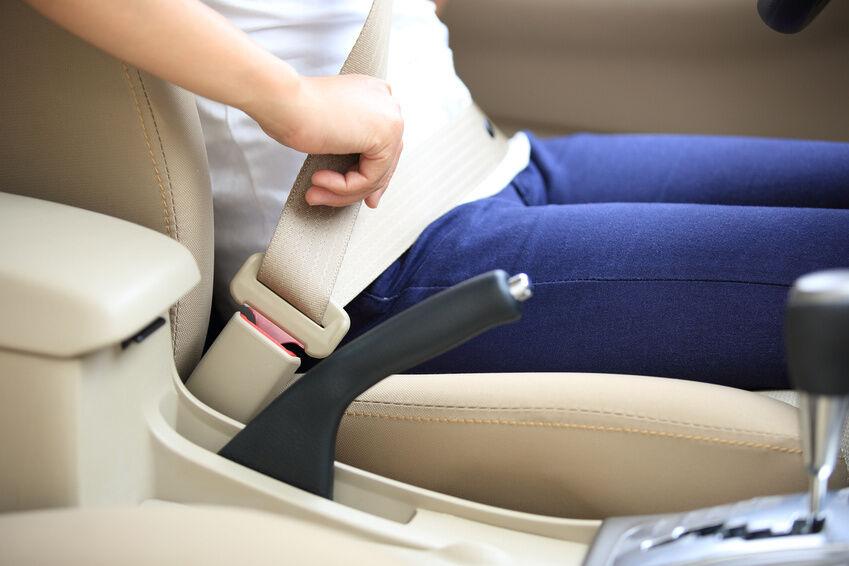 Sicherheitsgurte nachrüsten: So finden Sie die passenden Adapter, Schnallen und Stecker