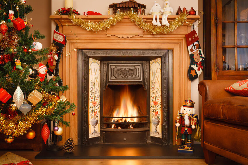 How to Decorate Your Mantel with Christmas Cheer. How to Decorate Your Mantel with Christmas Cheer   eBay