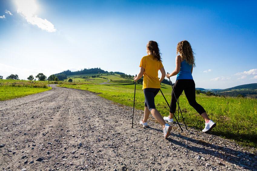 Nordic Walking, Power Walking, Jogging - welche Sportart eignet sich für wen?